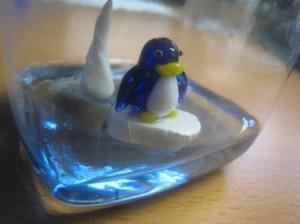 penguin-close-up-ornament