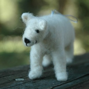 polar-bear-ornament