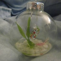 Kissing Fish Bowl Ornament